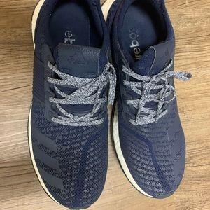 Adidas Pureboost tennis shoe, men, blue, 11 1/2